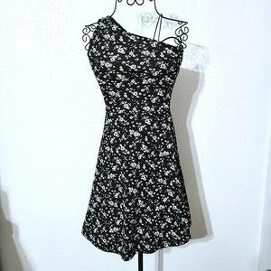 SO one shoulder floral mini Dress